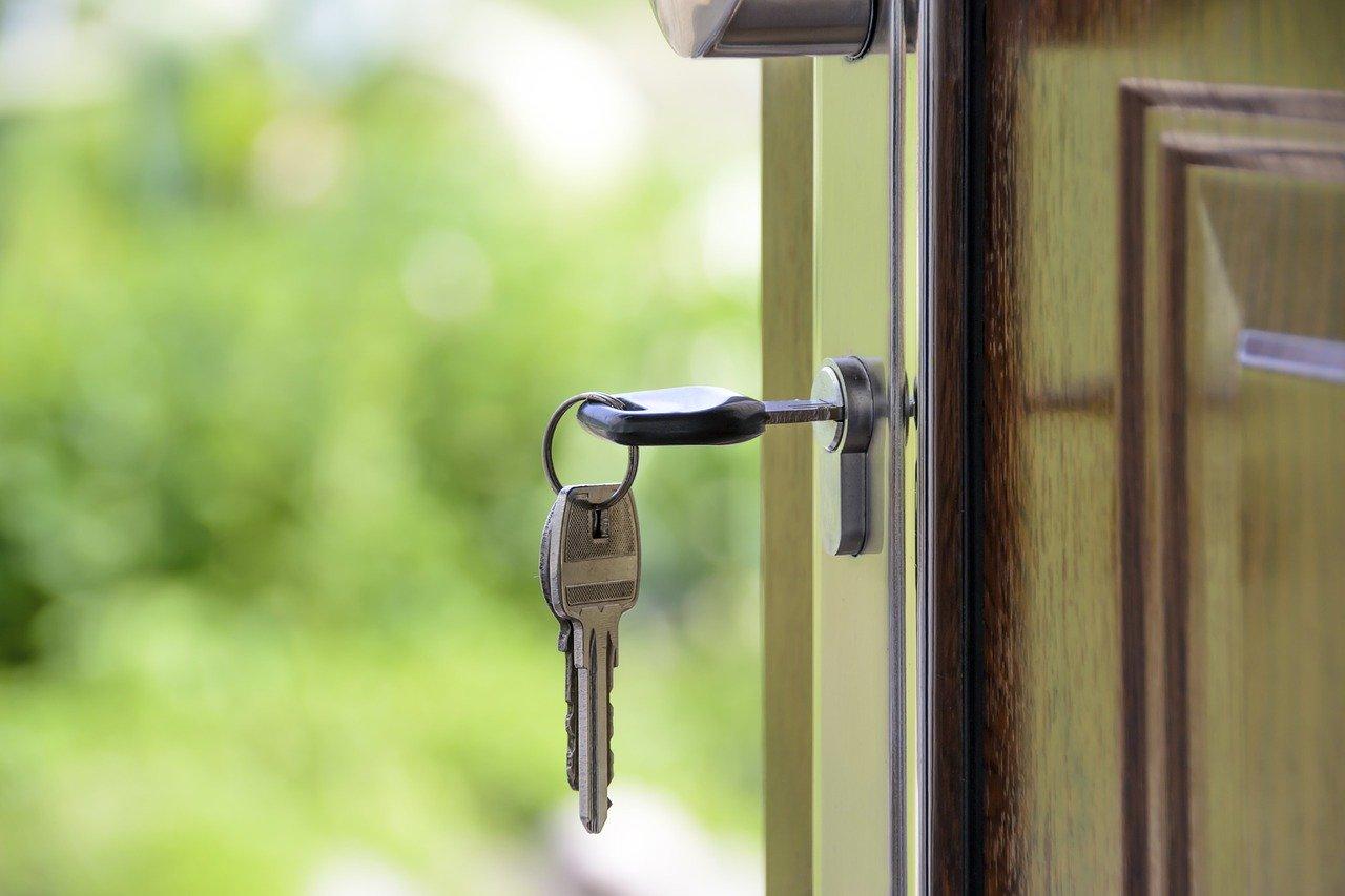 קבלת מפתח לדירה